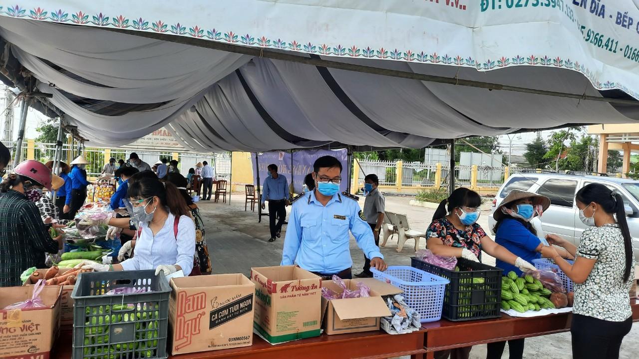 Tiền Giang: Ngày 30/7/2021, mở Điểm bán hàng hóa thiết yếu tại huyện Tân Phú Đông
